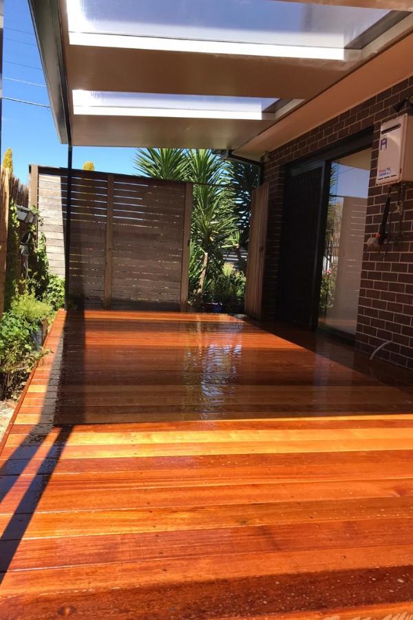 Home builder, renovations, extensions, decking, pergolas, construction company melbourne